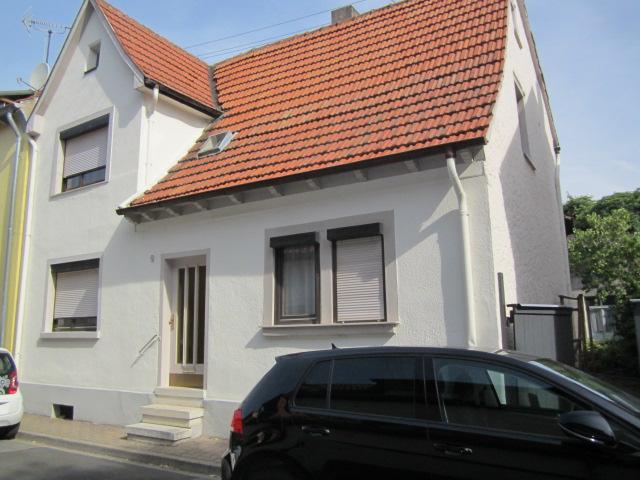 walldorf 298 m gro es grundst ck mit abrissgeb uden in. Black Bedroom Furniture Sets. Home Design Ideas